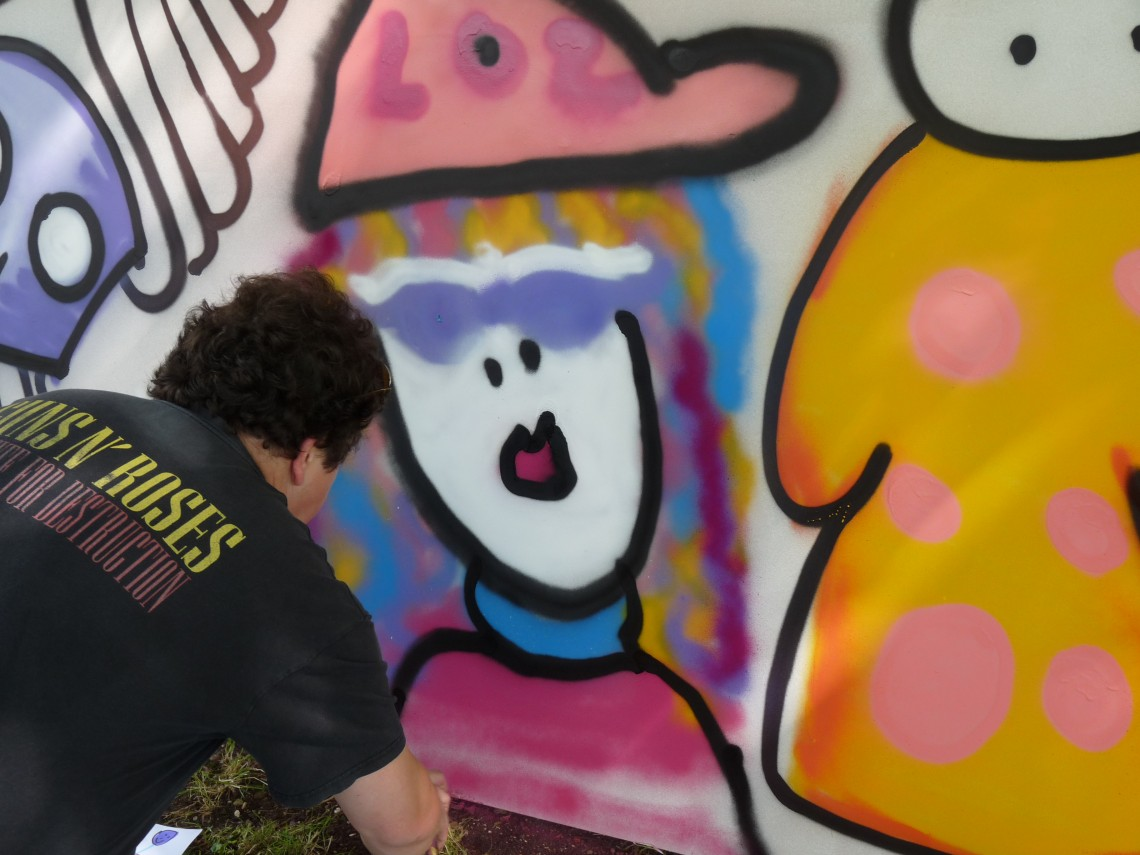 LOL graffiti